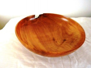 Natural edge fruit bowl